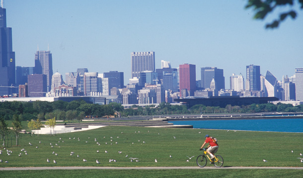 Burnham Park with Chicago skyline