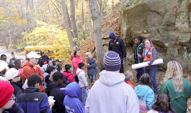 5th graders at rock outcrop